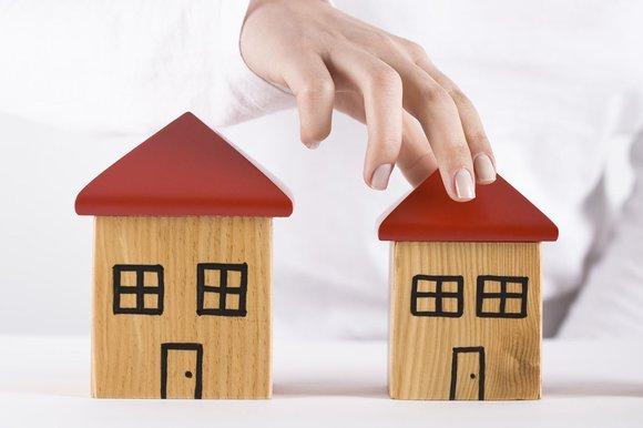 หลักประกัน หรือ เงินรายได้ ธนาคารใช้หลักเกณท์อะไรในพิจารณาปล่อยสินเชื่อที่อยู่อาศัย ?