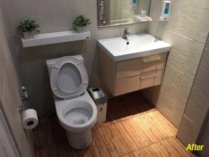 เปลี่ยนพื้นห้องน้ำใหม่ ใช่งบไม่เยอะ 3,000 บาทก็เอาอยู่ ได้พื้นใหม่สวยน่าใช้งานกว่าเดิม