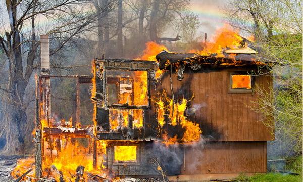 เตรียมพร้อมจัดระเบียบ บ้าน เพื่อเลี่ยงการเกิดไฟไหม้ช่วงวันหยุดยาว