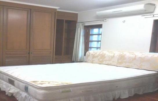 บ้านรถไฟฟ้าผ่าน H 0695 ให้เช่าบ้านเดี่ยว สุขุมวิท 71 ใกล้ BTS House for rent at Sukhumvit 71 area 300 sqw. 4 Bedrooms