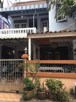 บ้านรถไฟฟ้าผ่าน Rent a house near the MRT Ratchada. บ้านเช่ารัชดา 17,000บ.
