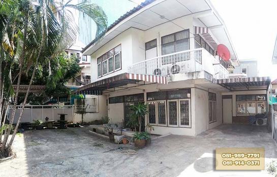 ให้เช่า บ้านเดี่ยว 2 ชั้น 65 ตรว. หมู่บ้านอยู่เจริญ รัชดาภิเษก พระราม 9 ติดห้างฟอร์จูน สถานฑูตจีน ใกล้ MRT พระราม9 และเซนทรัลพระราม9
