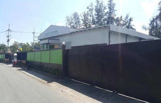 โรงงาน ศรีราชา ชลบุรี D81ด่วนขายโกดังโรงงาน พร้อมใบอนุญาตรง.4ขน D81 ด่วนขายโกดัง โรงงาน พร้อมใบอนุญาต รง.4 ขนาด 3ไร่ ศรีราชา ชลบุรี Tel.061 6369787