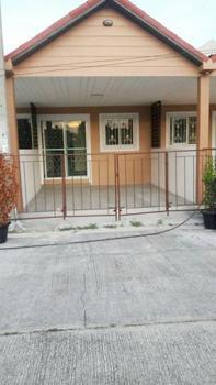 ทาวน์เฮ้าส์พร้อมเฟอร์นิเจอร์ 4A6MG0054 ให้เช่าทาวน์เฮาส์ชั้นเดียว 2 ห้องนอน 1 ห้องน้ำ ไม่ไกลจาก วัดและแหล่งชุมชน ราคา 6,000 บาท/เดือน