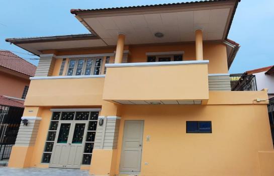 บ้านเดี่ยวให้เช่าโครงการหมู่บ้าน พฤกพิมาน จอดรถได้ 5 คัน