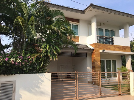 House for rent near St. Francis (tiwanon road)