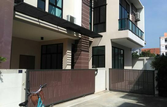 ขาย หรือ เช่า บ้านเดี่ยว2 ชั้น Metrolifei เมโทรไลฟ์ ราคา 9.99 ล้านบาท