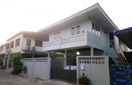 HR00562:House For Rent บ้านเดี่ยว2ชั่น หมู่บ้านเสนา2 35,000THB/month