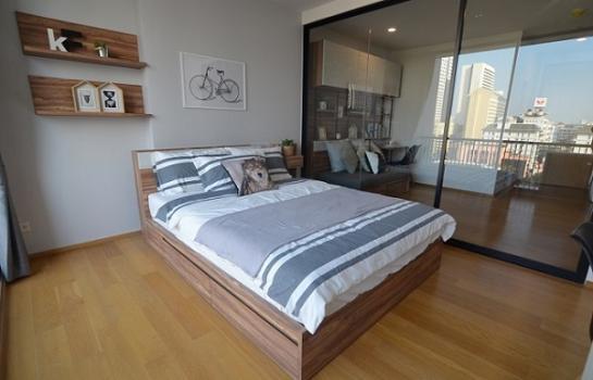 NOBLE REVO SILOM for rent 34 sqm studio 25000 bath per month