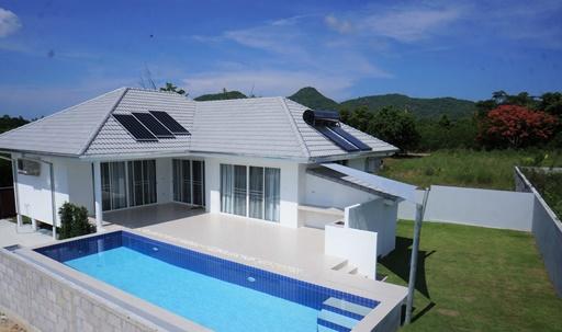 ขายบ้าน สร้างใหม่ ซอยหัวหิน 112 ใกล้สวนน้ำ วานา นาวา หัวหิน, ตลาดน้ำหัวหิน, อุทยานราชภักดิ์