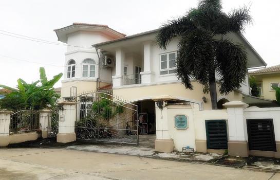 ขายบ้านเดี่ยว ถูกที่สุดในย่านนี้ โครงการหมู่บ้าน ภัสสร7 รัตนาธิเบศร์ อ.บางบัวทอง จ.นนทบุรี  เนื้อที่ 80 ตารางวา  3ห้องนอน 3ห้องน้ำ