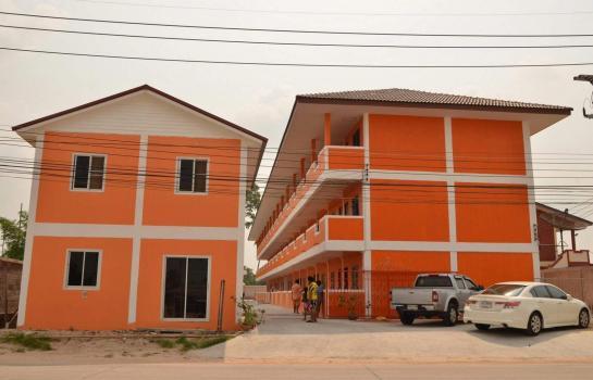ขายหอพัก 39 ห้อง อ.ศรีราชา จ. ชลบุรี พร้อมบ้านและร้านค้า พื้นที่ 1 ไร่ ราคา 25 ล้านบาท