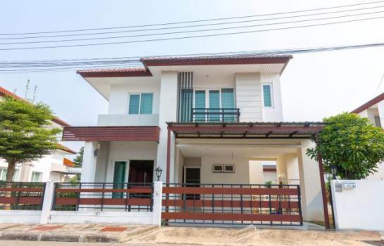 A6MG0482 ให้เช่าบ้านเดี่ยว 2 ชั้นหัวมุม  พื้นที่ 50 ตารางวา มี 3 ห้องนอน 2 ห้องน้ำ