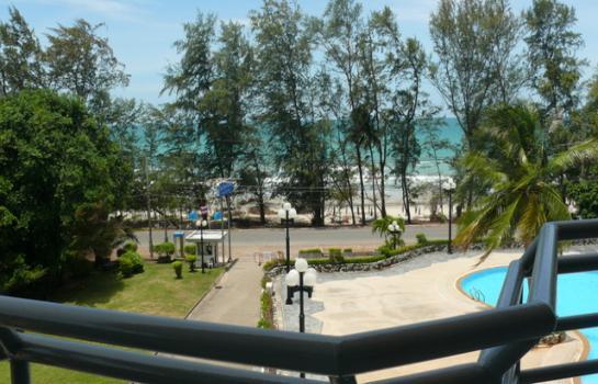 ขายคอนโดชายทะเล หาดแม่รำพึง The Royal Rayong คอนโดระดับหรูห้าดาว ตกแต่งอย่างดี หรูมากๆ ด้านหน้าติดทะเล 180 องศา ด้านหลังหันไปหาอุทยานเขาแหลมหญ้า อากาศสุดยอด..!!