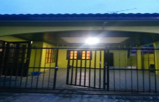 บ้านเดี่ยวชั้นเดียว 42 ตารางวา ย่านลำสาลี 2ห้องนอนใหญ่, 2ห้องเก็บของ 2ห้องน้ำ ใกล้เดอะมอลล์บางกะปิ ใกล้รถไฟฟ้าสายสีส้ม