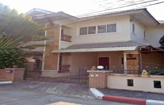 บ้านเช่าหมู่บ้านซี้ตี้โฮมเพส 3-4 ตลาดเจริญเจริญ เดือนละ 15,000 บาท ประกัน 2 เดือน ล่วงหน้า 1 เดือน เข้าอยู่ได้เลย