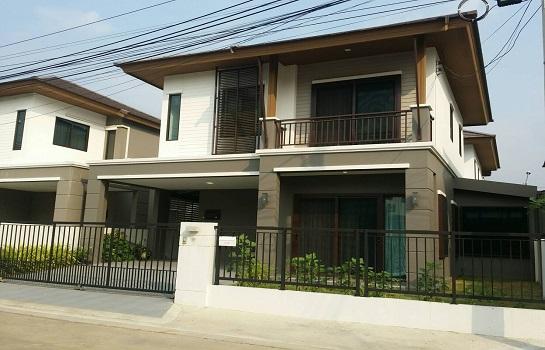 บ้านเดี่ยว: พฤกษาวิลล์ 73 พัฒนาการ บ้านแฝดให้เช่า เฟอร์นิเจอร์ครบ (SPSEVE-H265)