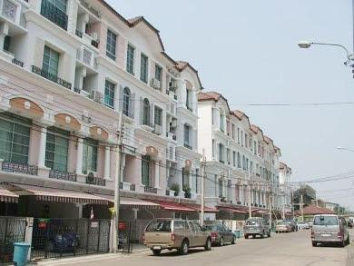 ้บ้านกลางเมืองพระรามเก้า-ลาดพร้าว โฮมออฟฟิศ 4ชั้น 32วา ย่านทาวน์อินทาวน์ 4 ห้องนอน 6 ห้องน้ำ