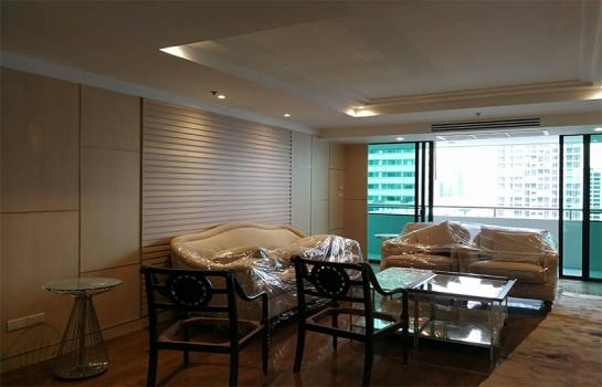New Renovated 3 bedroom, for Rent at Insaf Tower II Sukhumvit 13