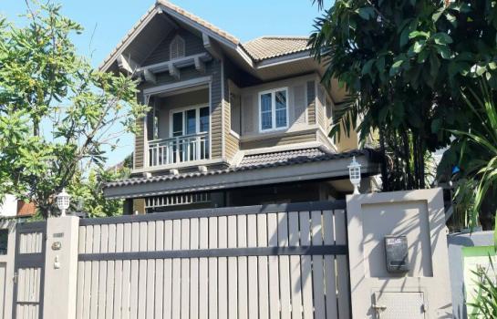 ขายบ้านเดี่ยว ซอยประเสริฐมนูกิจ 29 แยก 7(ซอยมัยลาภ ) บ้านเดี่ยวทำเลดีเยื้องกับหมู่บ้าน รสาเป็น(บ้านสร้างเอง)