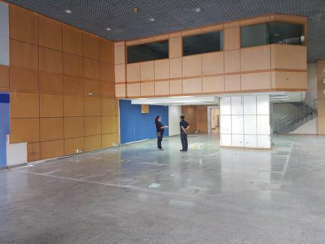 FOR SALE- Office Space or Show Room Near Lumpini 365Sqm, Good location   สำหรับ ขาย- พื้นที่ออฟฟิส หรือ โชว์รูม ใกล้ คลองเตย ลุมพินี พื้นที่กว้าง โลเคชั่นดี