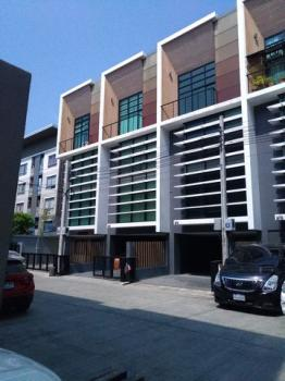 อาคารพาณิชย์บางกะปิ กรุงเทพฯ ปิดประกาศ 6320196766632