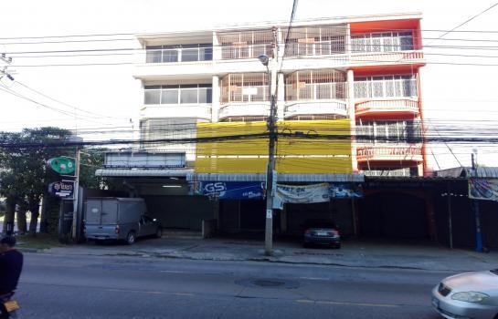 ให้เช่า อาคารพาณิชย์ 4ชั้น 2คูหา ติดถนน.วัชรพล รามอินทรา