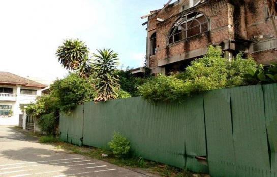 ขายบ้าน โชคชัย4 ซอย50 บ้านพร้อมที่ดิน139 วา แปลงมุม หมู่บ้านสังข์สิทธ์