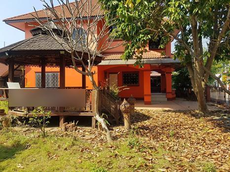 บ้านให้เช่าในหมู่บ้านพิมุก1 สันทราย เดือนละ 16,000 บาท ประกัน 2 เดือนล่วงหน้า 1 เดือนเข้าอยู่ได้เลย