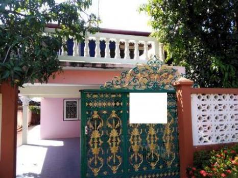 ให้เช่า บ้านอยู่ในหมู่บ้านสัมมากร มี 2 ชั้น 2 ห้องนอน 2 ห้องน้ำ 2 แอร์ 62 ตร.วา เฟอร์นิเจอร์ ถนนรามคำแหง