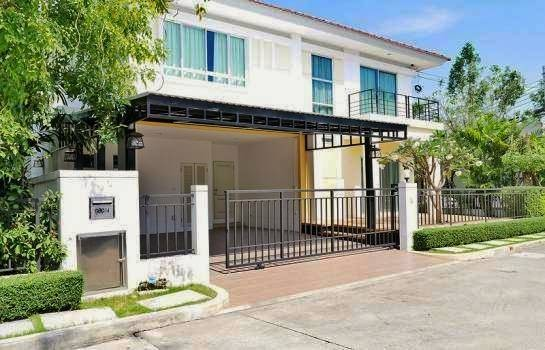 บ้านเช่ารามอินทรา บ้านสวยโครงการหรู หมู่บ้าน Life Bangkok Buelevard ใกล้แฟชั่นไอส์แลนด์