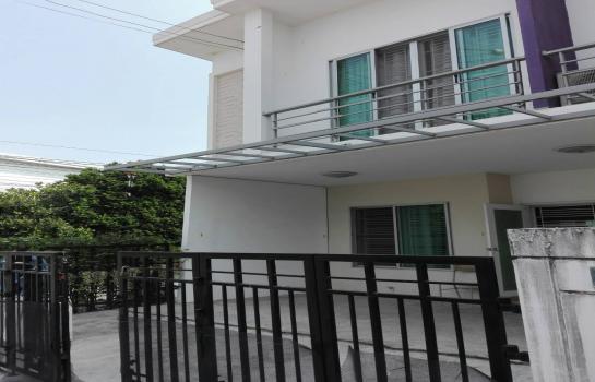 ทาวน์เฮ้าส์ประเวศ กรุงเทพฯ ขายบ้าน ราคา 3,300,000 บาท ราคาต่อรองได้