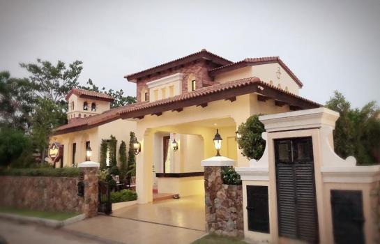 บ้านเดี่ยวมีสระว่ายน้ำส่วนตัว หมู่บ้านณุศาชีวานี Nusa chvani บ้านสวยท่ามกลางบรรยากาศร่มรื่น ราคา 11.9 ล้านบาท เจ้าของขายเอง