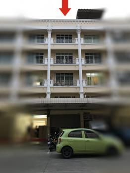 ขาย/เช่า ตึกพาณิชย์ 4 ชั้น มีออฟฟิสพร้อมใช้งาน ติดถนนคลองหลวง ทางไปธรรมกาย ใกล้ตลาดไท แอร์ 2 ตัว ห้องนอน 3 ห้องน้ำ 3 เป็นได้ทั้งที่อยู่อาศัยและที่ทำงาน