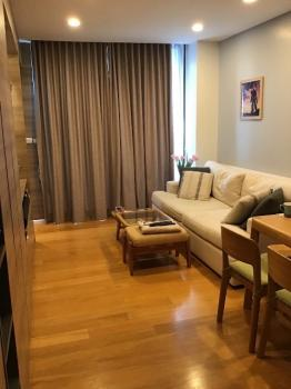 Room for rent at the Alcove Thonglor 10 Big room with modern furniture. Fully furnished.